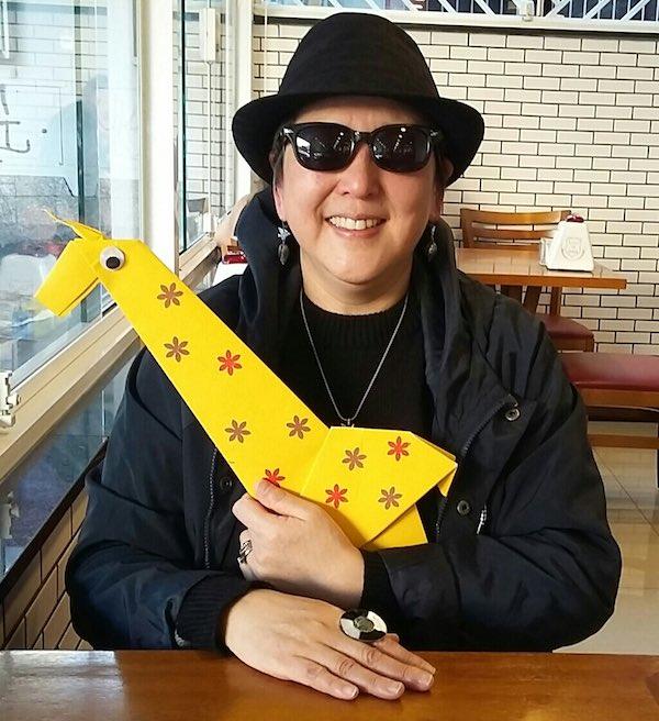 Tereza Yamashita, escritora, origamista e autora desta oficina